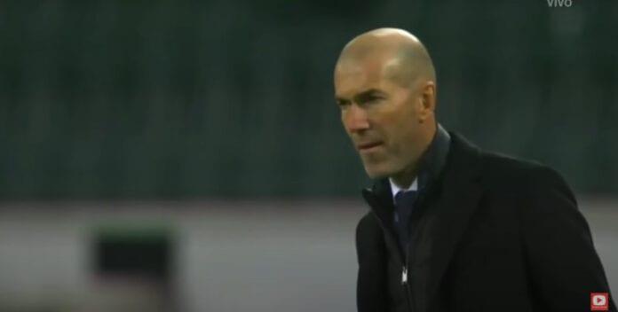 Zinedine Zidane Borussia Mönchengladbach - Real Madrid